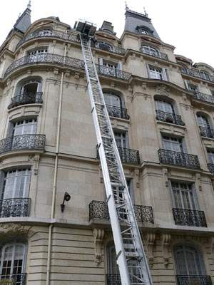 Monter Un Meuble Par La Fenetre Paris 6 Tél 0627745831